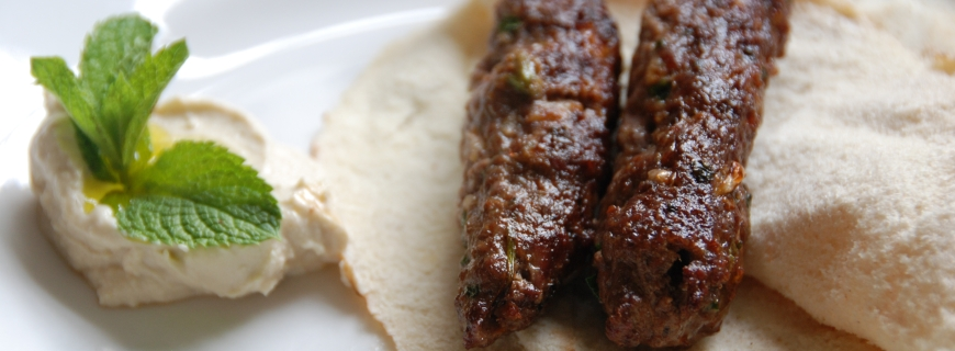 Moroccan Kofta with Hummus